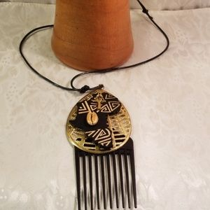 Other - Afro pic Men or women necklace
